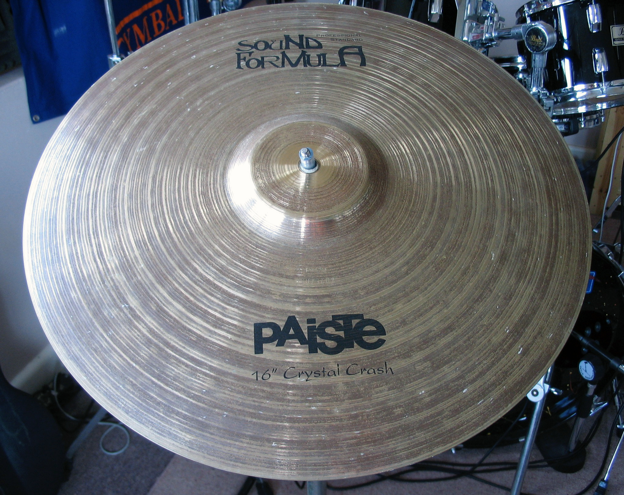 "Sound Formula Crystal Crash 16""."