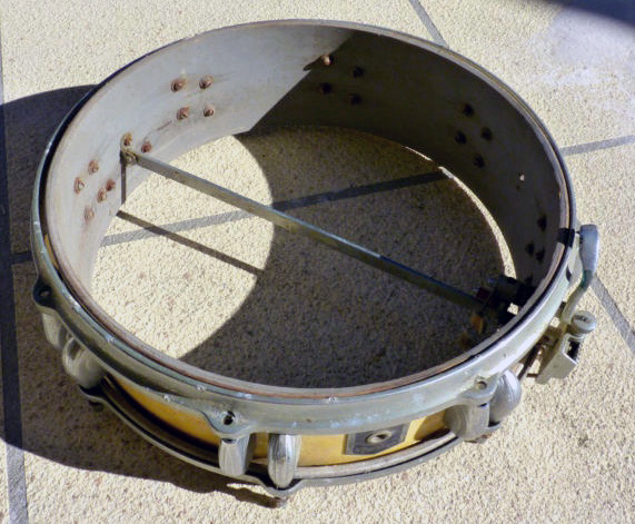 "Dandy 4"" snare interior"