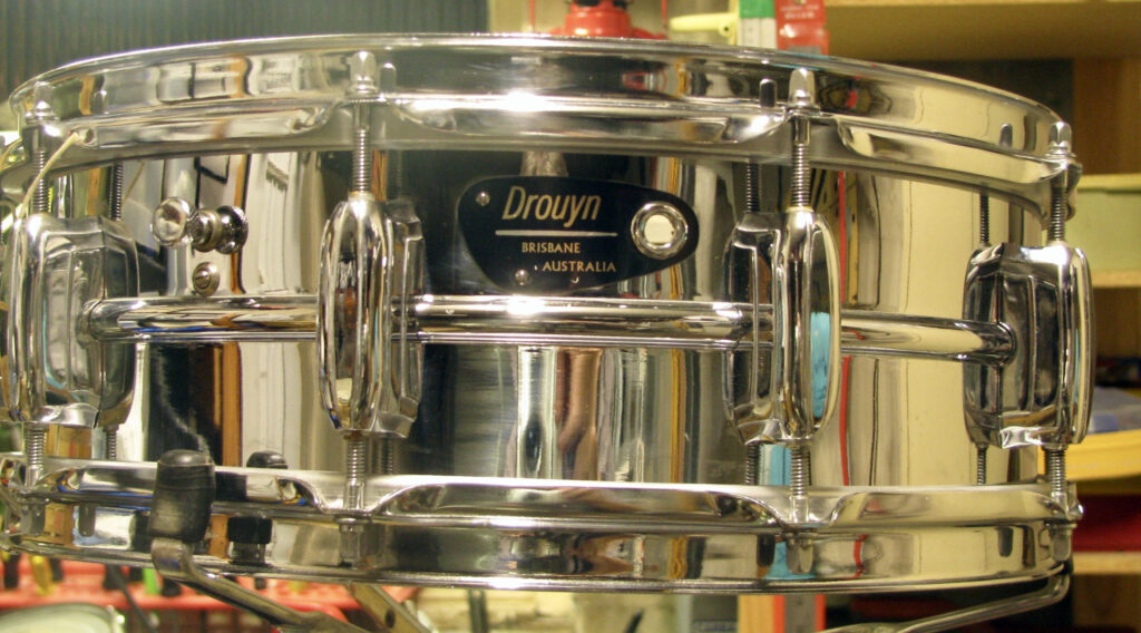 Drouyn S100 snare drum
